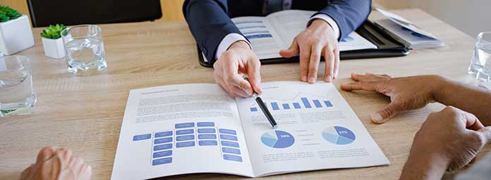 Retirement Financial Advisor Explains Chart
